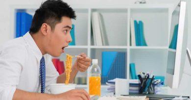 Nhìn cách ăn uống đoán… tính cách con người (?)