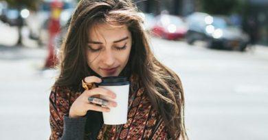 10 lý do phụ nữ sâu sắc khó thoát kiếp độc thân