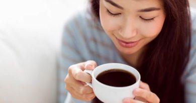 Ly cà phê & người tình của chúng ta